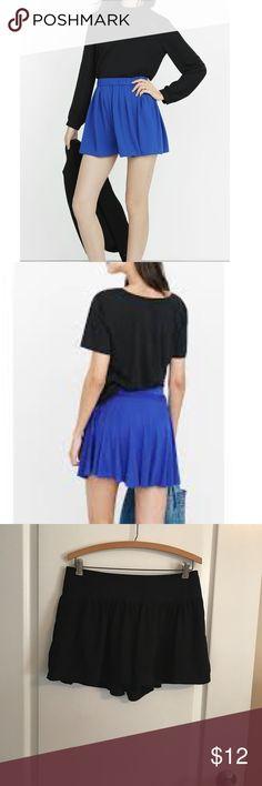 Express High waisted Black Skort Looks like a skirt but is Shorts. Size 4 Express Shorts Skorts