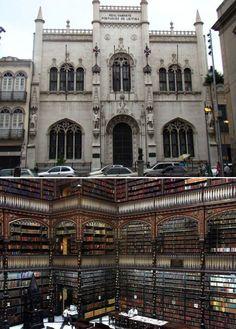 """Bibliothèque nationale de Rio de Janeiro Bibliothèque nationale de Rio de Janeiro, Brésil  La """"Real Gabinete Portuguez de Leitura """""""