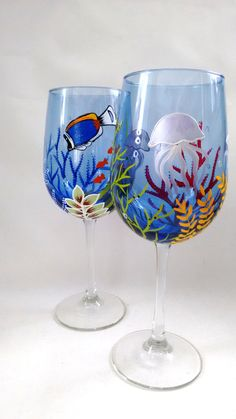Ocean Wine Glasses Hand Painted Wine Glasses Gift Gift by HiMaria Fun Wine Glasses, Decorated Wine Glasses, Hand Painted Wine Glasses, Paint And Drink, Wine Glass Designs, Wine Craft, Painted Cups, Bottle Painting, Glass Art