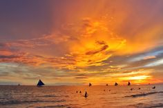 101 Best Sunset Quotes With Beautiful Sunset Photos Beach Sunset Quotes, Sunset Quotes Beautiful, Sunrise Quotes, Sunrise Images, Sunset Photos, Funny Romantic Quotes, Philippine Holidays, Boracay Philippines, View Quotes