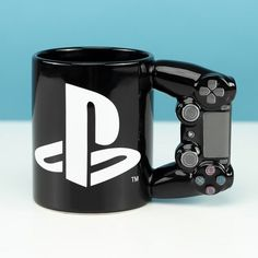 Another Newbie Only playstation mug tea coffee work home christmas secretsanta coffeebreak birthdaypresent ssdstationery ssdgift gifting Play Stations, Handy Gadgets, Mug Chat, Nouveaux Gadgets, Playstation Cake, Small Game Rooms, Disney Cups, Anime Store, Game Room Design