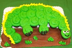 Dinosaur Cupcake Cake...these are the cutest Pull-Apart Cake ideas!