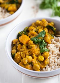 Golden Butternut Squash and Chickpea Curry (The Full Helping) Curry Recipes, Raw Food Recipes, Vegetarian Recipes, Cooking Recipes, Healthy Recipes, Healthy Meals, Vegan Vegetarian, Butternut Squash Curry, Vegan Butternut Squash Recipes