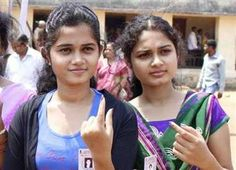सूबे के छह जिलों की 50 विस सीटों पर आज वोटिंग हो रही है। इससे पूर्व मंगलवार को नेताओं ने घर-घर दस्तक देकर मतदाताओं से समर्थन की अपील की। तीसरे चरण के महासमर में 808 उम्मीदवार ताल ठोंक रहे हैं।  View more Bihar Election News - http://www.jagran.com/bihar-election2015.html