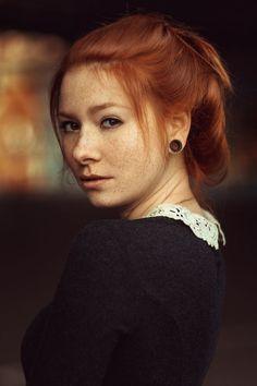 Redhead michelle wow girls solo
