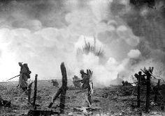 Fue el combate más largo de la Primera Guerra Mundial y el segundo más sangriento tras la batalla del Somme. En ella se enfrentaron los ejércitos francés y alemán entre el 21 de febrero y el 19 de …