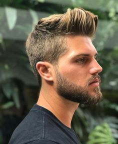 His hair, eyebrows, moustache and beard. Quiff Hairstyles, Pompadour Hairstyle, Mens Hairstyles 2018, Beard Styles For Men, Hair And Beard Styles, Facial Hair Styles, Mens Facial, Beard Haircut, Portrait Photography Men