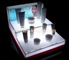 Custom lucite makeup display stand for counter top MDK-032