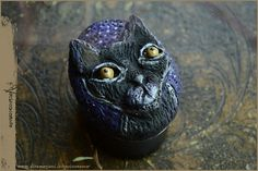 Black cat in a starry night handsculpted box with solid perfume by Vocisconnesse on etsy