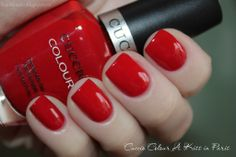 Cuccio Colour mini polish - A Kiss in Paris - 4ml