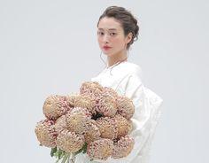 Graduation Hairstyles, Wedding Hairstyles, Wedding Images, Wedding Styles, Traditional Wedding Attire, Wedding Kimono, Japanese Wedding, Hair Arrange, Hair Setting