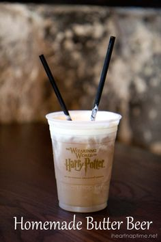 This was one of the best parts of Harry Potter World! Homemade Butter Beer Ingredients: 1 quart vanilla ice cream cup butterscotch syrup 32 oz cream soda cup ice Directions: Place ice cream, ice, butterscotch and cream soda in a blender. Mix un. Non Alcoholic Drinks, Fun Drinks, Yummy Drinks, Yummy Food, Beverages, Cocktails, Drinks Alcohol, Party Drinks, Refreshing Drinks
