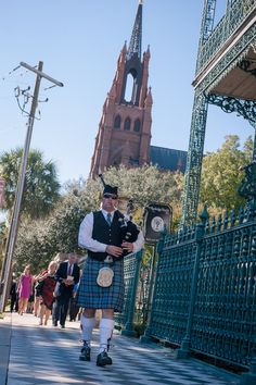 Charleston wedding bagpiper - Pink Mills House Wedding in Charleston, SC by Molly Joseph Photography