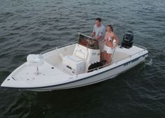 Discover all the information about the product Outboard bay boat / center console / sport-fishing - Key West and find where you can buy it. Small Fishing Boats, Sport Fishing Boats, Key West Boats, Bay Boats, In 2015, Center Console, Australia, Things To Sell, Sports