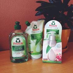 Средство для мытья посуды и жидкое мыло Frosch (Германия). Экомаркировка: Ecolabel. И снова в центре внимания жизненный цикл продукта и стремление уменьшить воздействие на окружающую среду. Больше о маркировке читайте в блоге http://www.imorganic.ru/ecolabel-house/.