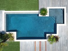 158 best creative small swimming pool design for backyard inspiration page 46 Amazing Swimming Pools, Small Swimming Pools, Swimming Pools Backyard, Swimming Pool Designs, Lap Pools, Indoor Pools, Small Pools, Pool Decks, Backyard Pool Landscaping