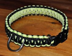 paracord dog collar!  Just made one of this for Jewel's dog!!!
