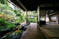 Love to have a place like this// Unique and antique traditional Japanese design house-backyard Liebe Japanese Home Design, Japanese Style House, Traditional Japanese House, Traditional Design, Japanese Homes, Japanese Modern, Japanese Landscape, Japanese Gardens, Architecture Design