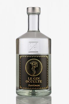 Zufanek Le Gin Occulte - 50cl - Absinthes.com Liquor Bottles, Glass Bottles, Vodka Bottle, Gin Set, Best Gin And Tonic, Le Gin, Scotch Whiskey, Exotic Fruit, Bottle Design