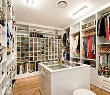 Inspiring picture clothes, fashion, shoes, wardrobe. Resolution: 500x374. Find the picture to your taste!