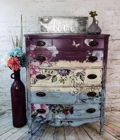 Rustic Furniture and the Adirondacks Funky Painted Furniture, Decoupage Furniture, Chalk Paint Furniture, Refurbished Furniture, Repurposed Furniture, Furniture Projects, Rustic Furniture, Furniture Makeover, Vintage Furniture