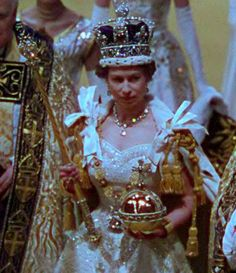 The Queen being crowned in 1953 Jesus, God the great I am. He wore a sac & sandals. They need all this? so stupid