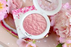 MAC Boom Boom Bloom - Look + Swatches - Highlight Powder  Fleur Real Light rose Blush Blush, Boom Boom, Compact Mirror, Makeup Inspiration, Cherry Blossom, Mac Cosmetics, Swatch, Rose, Maquillaje