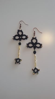 tatting earrings .. black and gold colors