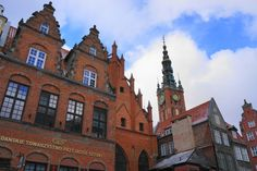 Gdańsk, a pearl by the Baltic Sea - Backpack Globetrotter Baltic Sea, Old Town, Barcelona Cathedral, Poland, Backpack, History, City, Building, Travel