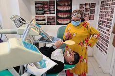 VOGUE SMILES MELBOURNE TEAM  #dentistinmelbourne #dentistmelbourne #melbournedentist #cosmeticdentistmelbournecbd #voguesmilesmelbourne #drzenaidycastro #voguedentistry #voguedental #voguesmiles Melbourne Cbd, Dentistry, Dental, Wildlife, Vogue, Dresses With Sleeves, Landscape, Long Sleeve, Fashion