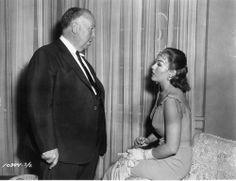 "Alfred Hitchcock and Kim Novak as ""Judy""  33059039 (500×385)"