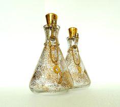 CHARMING Mid-Century Hazel Atlas Oil and Vinegar by BeppieandEido