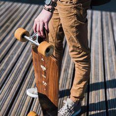JEANS | SEA you later✌   Scotch & Soda, Classic 5 pocket pant, €109.95  Shop online: https://brothersjeans.nl/product/classic-5-pocket-pant/    @pigandhen @scotch_official @selectedhomme @komono   #scotchandsoda #selectedhomme #pigandhen #komono #shirt #grey #minimalist #longboards #dronten #classicjeans #classicpants #5pocket #brothersjeans #dronten #mensfashion #whattowear #ss17 #lookbook #mensstyle