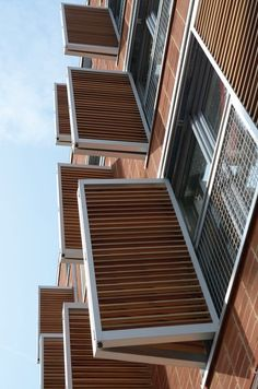 Sun Control: Folding wood shutter system by Hunter Douglas. House Shutters, Wood Shutters, Hunter Douglas, Modern Exterior, Interior And Exterior, Louvre Windows, Facade Pattern, Building Front, Simple House Design