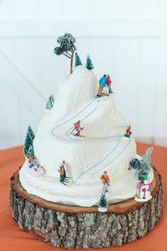 Apple Tree Cake Co. Richmond, Va. Ski Mountain Cake Art.