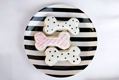 puppy party ideas...dog bone cookies...