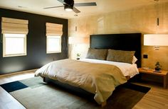 chambre à coucher dcorée en noir et doré