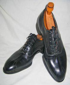 1920s men's Art Deco shoes