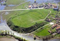 Borsodi földvár (Edelény) Castles, Golf Courses, Chateaus, Palace, Locks