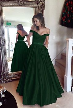 Off-the-shoulder ball gown unique shade shade satin ball gown long evening gown strapless party gown Graduation gown from Handmade Dress - Prom Dresses Design Party Dresses With Sleeves, Prom Dresses With Pockets, Pretty Dresses, Beautiful Dresses, Awesome Dresses, Beautiful Saree, Strapless Party Dress, Dress Party, Long Evening Gowns