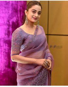 Latest Silk Sarees, Kurti Sleeves Design, Indian Bridal Fashion, Elegant Saree, Indian Beauty Saree, Saree Blouse Designs, Beautiful Saree, Saree Collection, Dress Patterns
