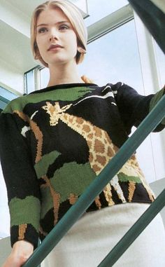 HAY OTROS             сканирование0078 (402x650, 98Kb) Knitting Designs, Knitting Patterns, Intarsia Knitting, Knit Fashion, Pullover, Knitwear, Knit Crochet, Cool Style, Stitch