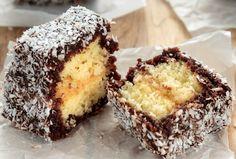 Kevert tésztás kókuszkocka - amilyen hamar kész, olyan hamar el is fogy! Romanian Food, Sweet Treats, Muffin, Food And Drink, Cheesecakes, Cooking Recipes, Sweets, Breakfast, Bacon