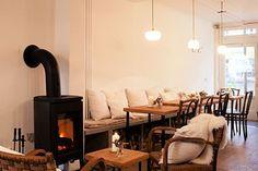 Wir stellen vor: Café Brooks - Another! Vintage Cafe Design, Cafe Shop Design, Interior Modern, Cafe Interior Design, Cafe Restaurant, Restaurant Design, Cafe Hygge, Ikea Hallway, Café Design