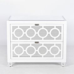 Worlds Away Barkley White Lacquer Chest. White + Green for summer color inspiration. Cool Nightstands, Dresser As Nightstand, Bedside Chest, White Nightstand, Furniture Making, Cool Furniture, Furniture Sets, Painted Furniture, Mirror Furniture