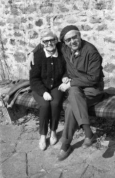 Fekete István a feleségével Che Guevara, Marvel, Couple Photos, Couples, People, Vintage, Couple Shots, Couple Photography, Folk
