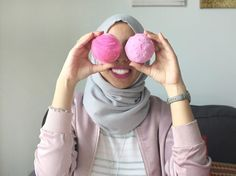 Lush bath bombs, pink everything | Bauble Stories