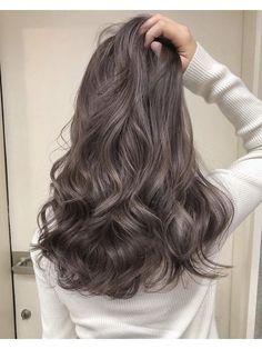 Korean Wavy Hair, Brown Hair Korean, Korean Perm, Japanese Hair Color, Hair Color Asian, Hair Colour, Ashy Hair, Brown Blonde Hair, Hair Color Balayage