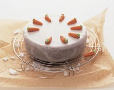 Gâteau aux carottes à l'argovienne - Base de recettes - Swissmilk No Bake Pies, Baking And Pastry, Eclairs, Panna Cotta, Food And Drink, Pudding, Nutrition, Sweets, Meals