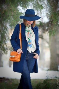 Fall and Winter Fashion Winter Outfits, Cool Outfits, Winter Clothes, Navy Coat, Orange Bag, Blue Coats, Hijab Outfit, Work Attire, Office Outfits